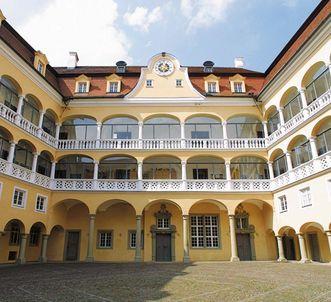 Innenhof von Schloss ob Ellwangen