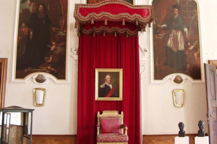 Der Thron König Friedrichs I. von Württemberg in Schloss ob Ellwangen