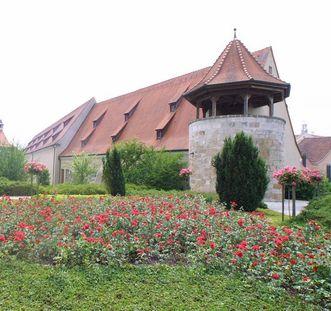 Turm im Klausengarten von Schloss ob Ellwangen