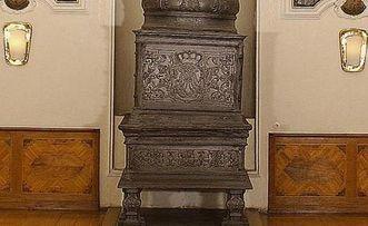 Ofen im Thronsaal von Schloss ob Ellwangen